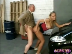 dad fucked hawt daughter in garage