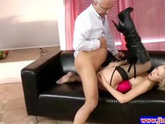 stylish blonde fucked right into an asshole by