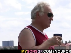 boy sees gf cheating with his daddy