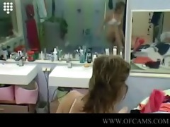 big brother nl nice girls dressing and sporting